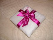 Beautiful wrapping for silkandart gifts